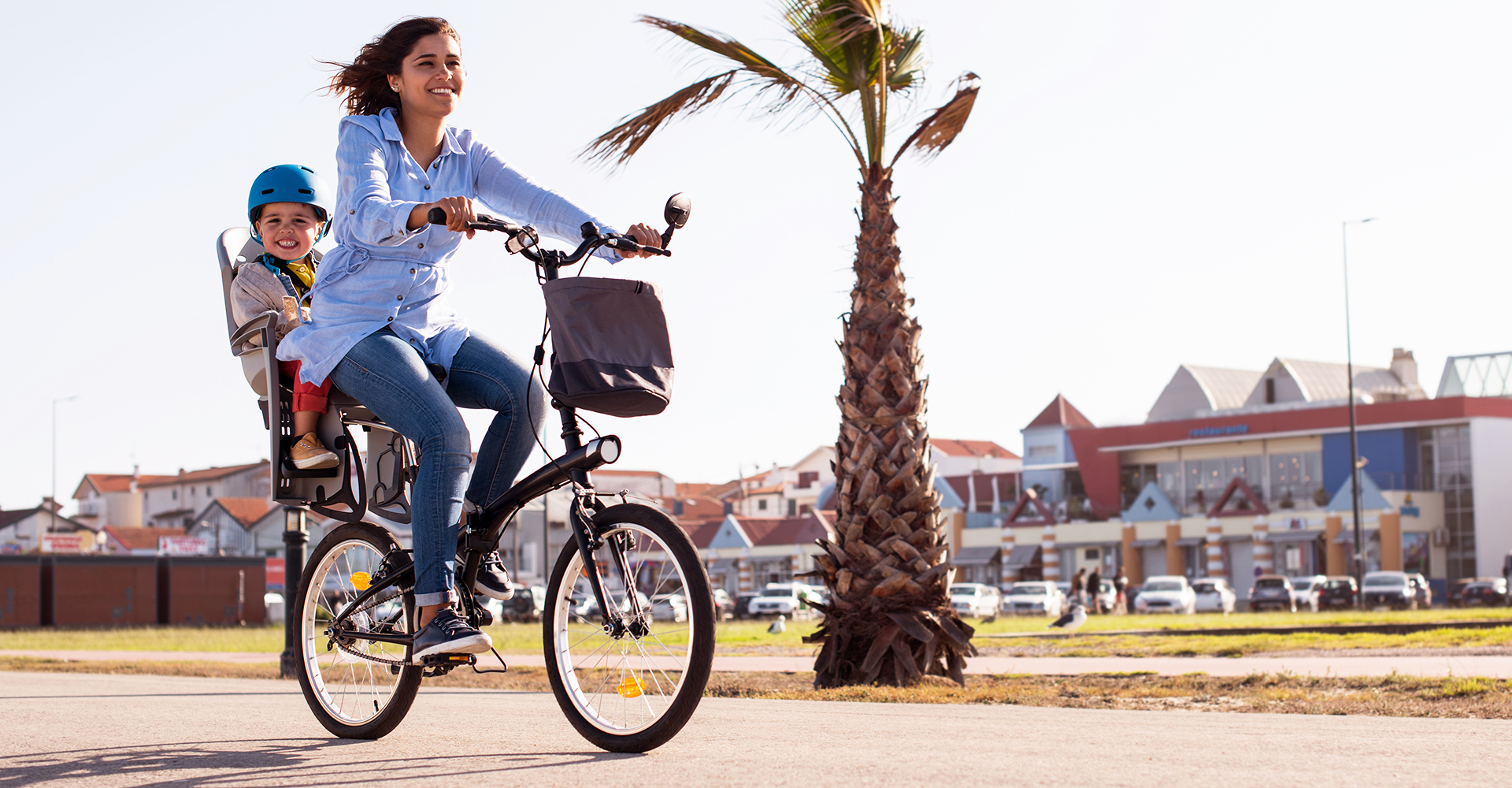 5 bike touring blogs that are much more